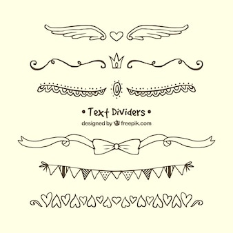 Set de ornamentos dibujados a mano para separar texto