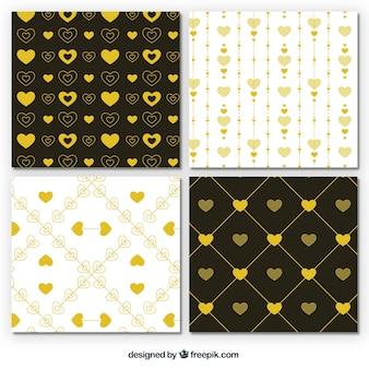 Set de patrones dorados de corazones