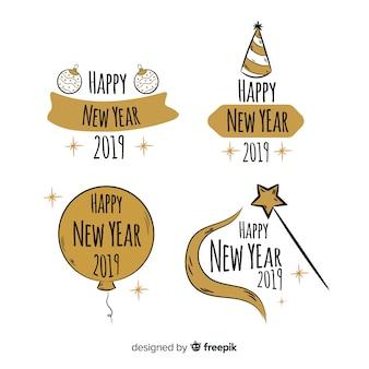 Set retro de etiquetas de año nuevo 2019
