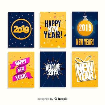 Set de tarjetas de año nuevo 2019 en diseño plano