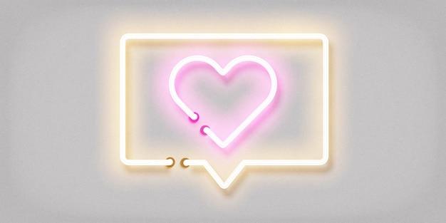 Signo de neón aislado realista del mensaje del corazón
