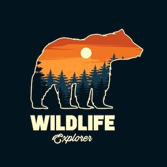 Silueta de oso con fondo de naturaleza