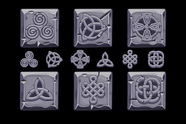 Símbolos celtas. dibujos animados set iconos celtas en cuadrado de piedra