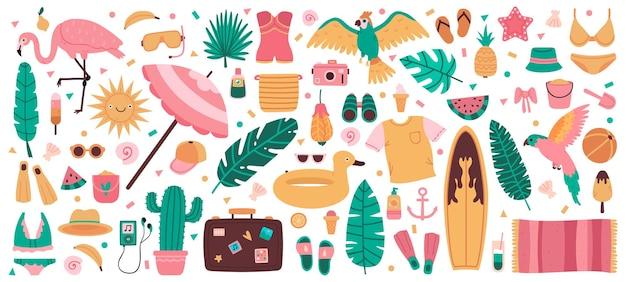 Símbolos de playa de verano. lindos elementos de vacaciones de verano, hojas de la selva, bebidas, frutas y trajes de baño. equipo de playa de verano.
