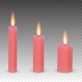 Sistema de velas ardientes de la parafina realista aisladas en un fondo transparente.
