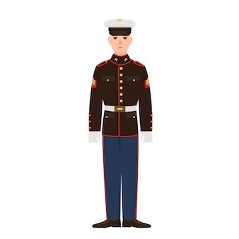 Soldado de las fuerzas armadas de estados unidos vistiendo uniforme de desfile y gorra. militar estadounidense, sargento o soldado de infantería aislado sobre fondo blanco. personaje de dibujos animados masculino. ilustración de vector plano colorido.