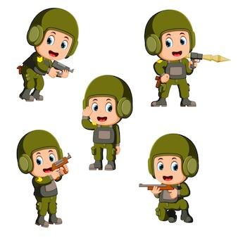 Soldado con una pistola en acción