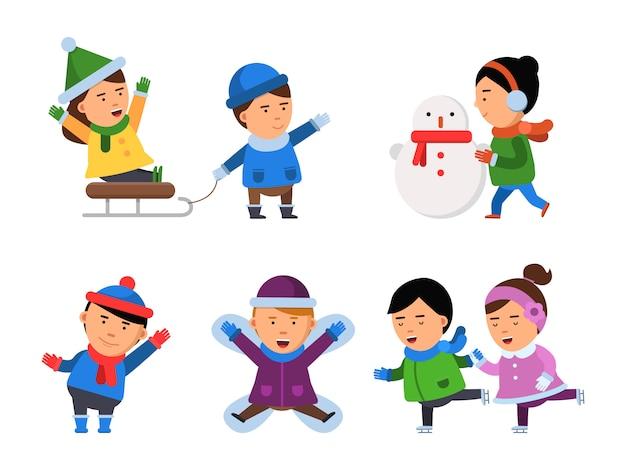 Sonrisa de invierno personajes. niños ropa de nieve niños niñas fiesta de navidad niños jugando ilustraciones aisladas