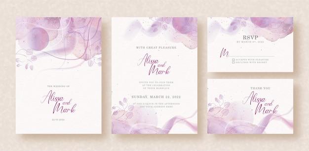 Splash abstracto púrpura con hojas formas acuarela en invitación de boda