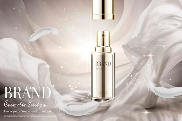 Spray para el cuidado de la piel con tapa abierta con tejido de satén blanco perla y plumas sobre un fondo brillante