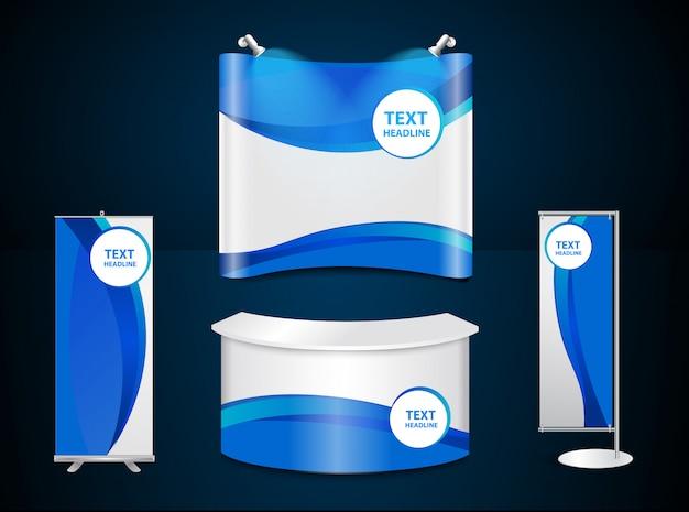 Stands de exposición con plantilla de identidad corporativa azul.