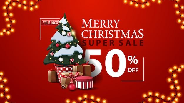 Super venta navideña, hasta 50 de descuento, banner de descuento moderno rojo con hermosa tipografía