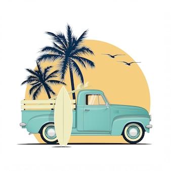 Surf retro camioneta con tablas de surf en puesta de sol con siluetas de palmeras. ilustración temática de vacaciones de verano o fiesta de verano.