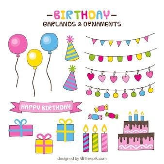 Surtido colorido de adornos de cumpleaños dibujados a mano