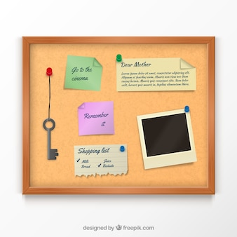 Tablón de corcho con notas