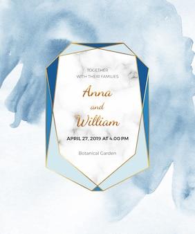Tarjeta acuarela azul con marco de mármol, línea dorada. textura de papel pintado a mano.