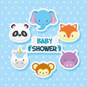 Tarjeta de baby shower con animales lindos del grupo