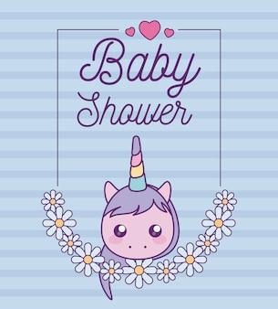 Tarjeta de baby shower con cabeza de lindo unicornio
