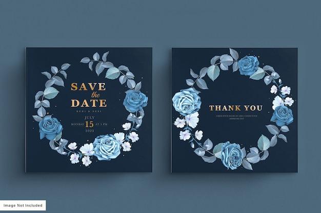 Tarjeta de boda azul con floral oscuro