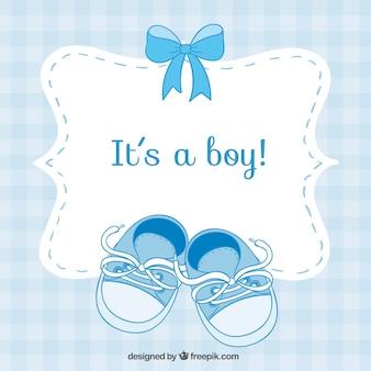 Tarjeta de bienvenida del bebé con zapatos pequeños