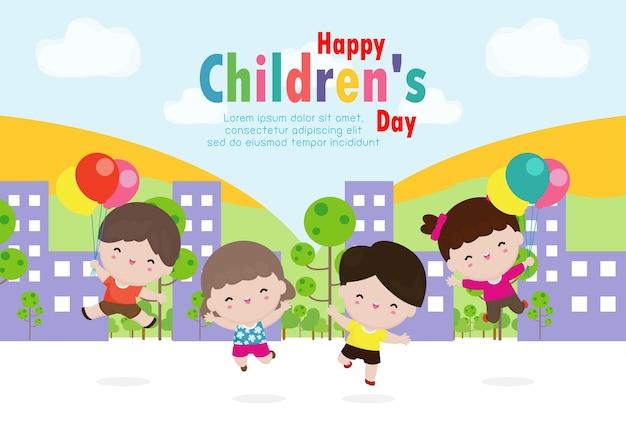 Tarjeta del día de los niños felices con niños felices saltando en la ciudad