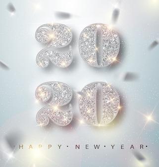 Tarjeta de felicitación de feliz año nuevo 2020 con números plateados y confeti