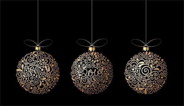 Tarjeta de feliz año nuevo 2022 con bolas de navidad adornadas doradas