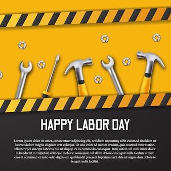 Tarjeta de feliz día del trabajo con construcción de línea amarilla con martillo realista 3d, destornillador y llave con fondo negro y amarillo.
