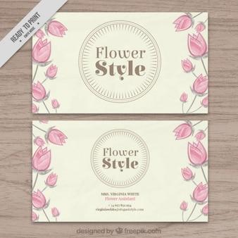 Tarjeta de floristería con los tulipanes dibujados a mano