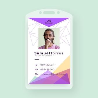 Tarjeta de identificación comercial creativa con formas minimalistas y foto.