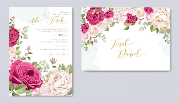 Tarjeta de invitación de boda con elementos florales