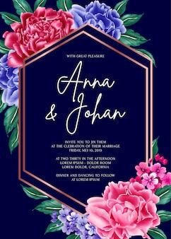 Tarjeta de invitación de boda de flor de peonía de fondo azul marino.