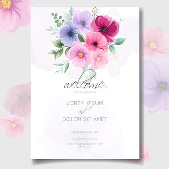 Tarjeta de invitación de boda floral dibujado a mano colorido