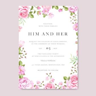 Tarjeta de invitación de boda con flores coloridas y hojas