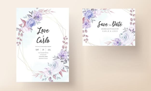 Tarjeta de invitación de boda hermosa con adorno de flor púrpura