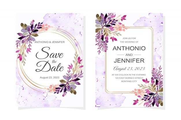 Tarjeta de invitación de boda con hojas moradas acuarela