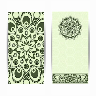 Tarjeta de invitación de boda vintage con patrón mandala, mandala floral y adornos. diseño oriental. asiaticas, árabes, indias