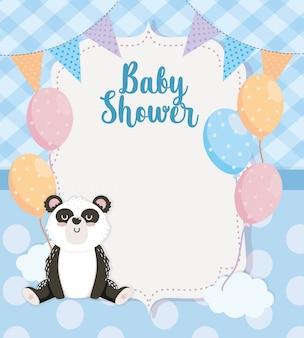 Tarjeta de lindo panda animal con globos.