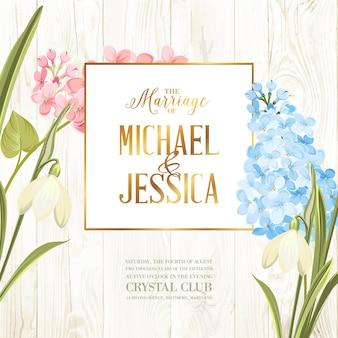 Tarjeta de marco de boda con flores lilas.