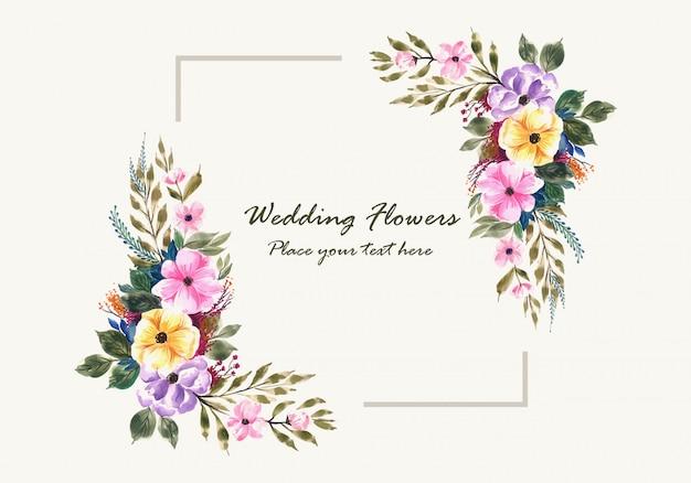 Tarjeta de marco de flores de invitación de boda romántica