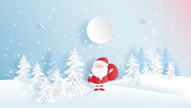 Tarjeta navideña con bosque nevado y adorable santa claus