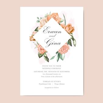 Tarjeta de plantilla de invitación de boda con acuarela floral y hojas