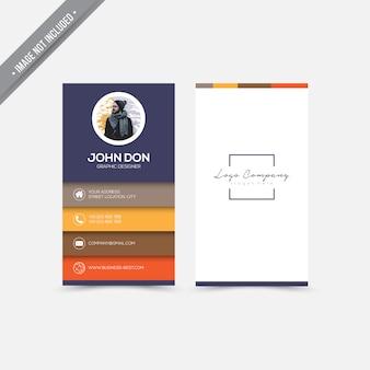 Tarjeta de presentación con diseño moderno