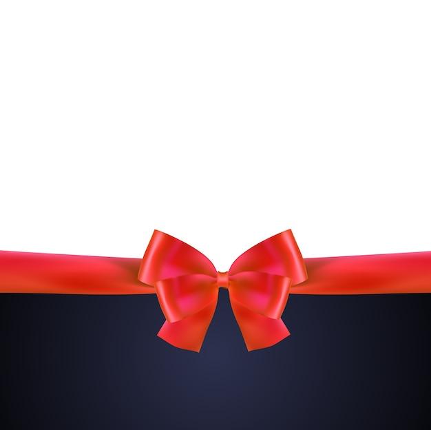Tarjeta de regalo con lazo rojo y lazo.