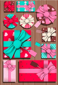 Tarjeta con regalos para el día de san valentín, invitación de vector plano para fiesta