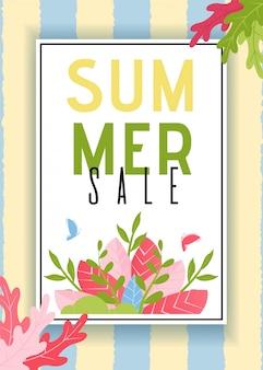 Tarjeta de ventas de verano con diseño de rayas y follaje.