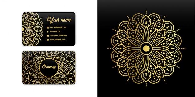 Tarjeta de visita abstracta mandala. fondo arabesco de lujo. motivo floral en color dorado