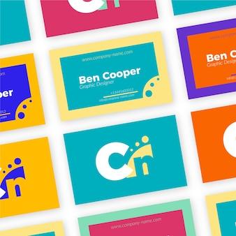 Tarjeta de visita colorida del diseñador gráfico