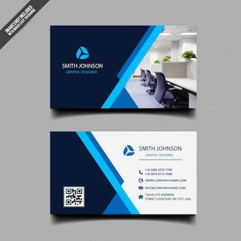 Tarjeta de visita con diseño moderno