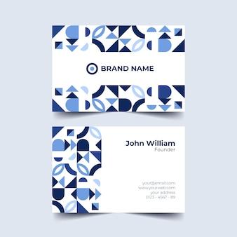 Tarjeta de visita de tonos azules de formas geométricas